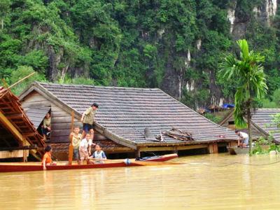 Lũ lụt ở miền Trung 2016