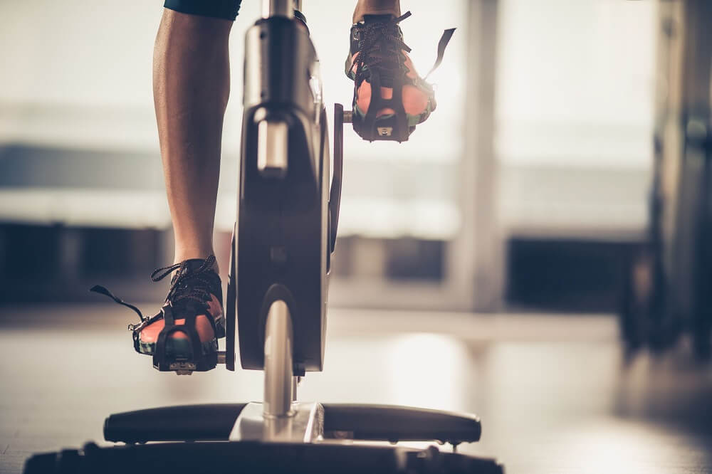 Có nên mua xe đạp tập thể dục? Bạn sẽ ngạc nhiên khi biết câu trả lời!
