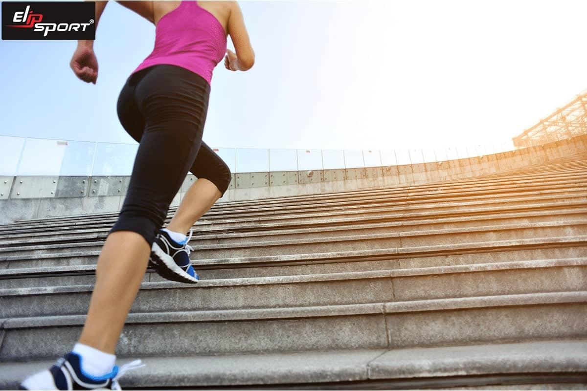 chạy bộ cầu thang