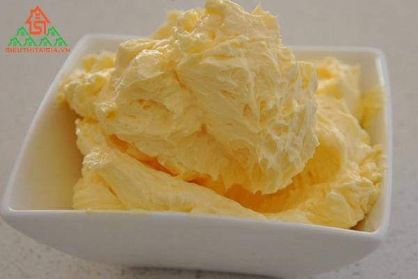 làm kem từ trứng không cần máy tại nhà