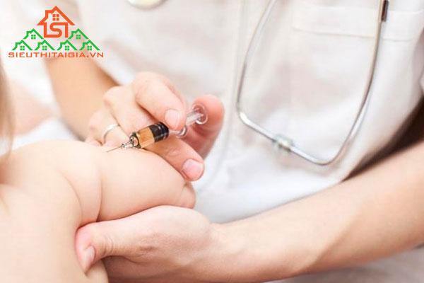 Chích ngừa viêm gan B