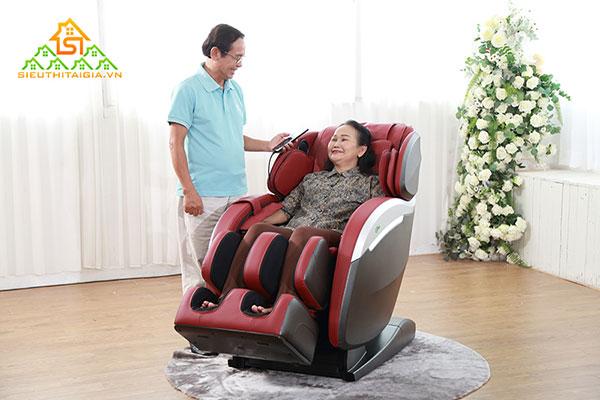 Ghế Massage Cho Người Già Loại Nào Tốt