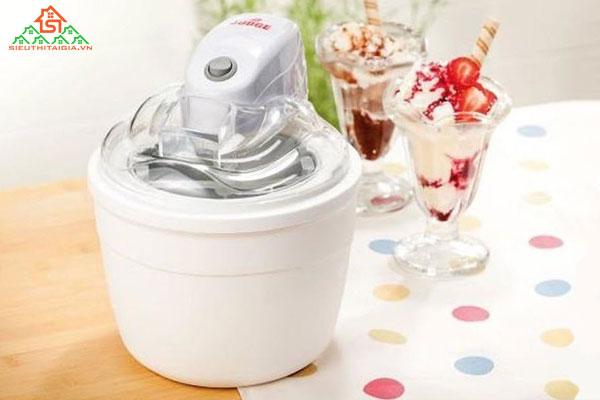 Những lý do nên sở hữu máy làm kem tươi mini cho gia đình