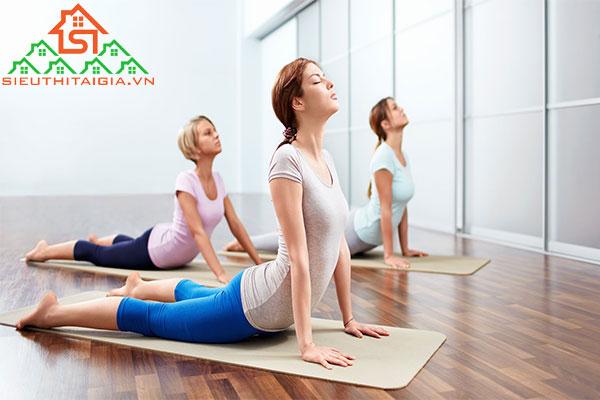 bài tập yoga tốt cho tử cung