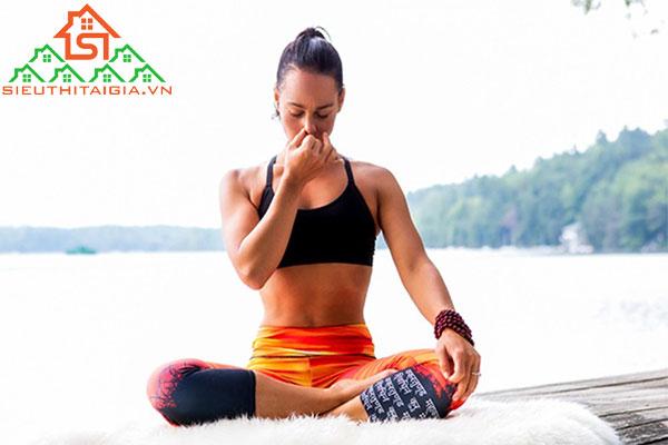 cách hít thở trong yoga