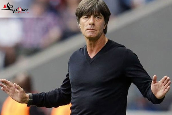 huấn luyện viên bóng đá đẹp trai nhất