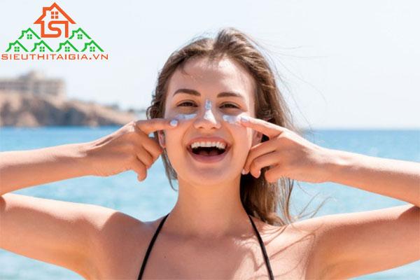 Có Thể Bạn Đã Biết: Skincare Cho Da Dầu Nhạy Cảm Buổi Sáng
