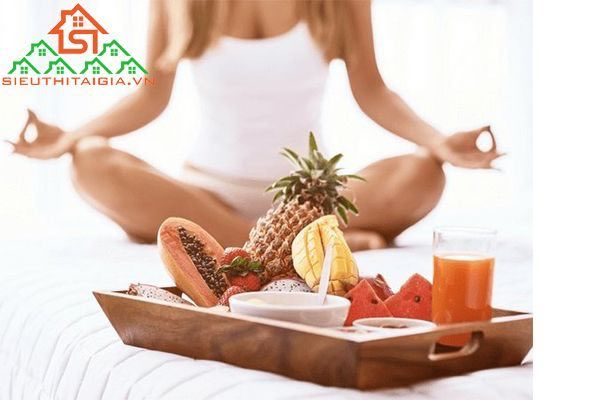 Tập yoga ăn gì để giảm cân