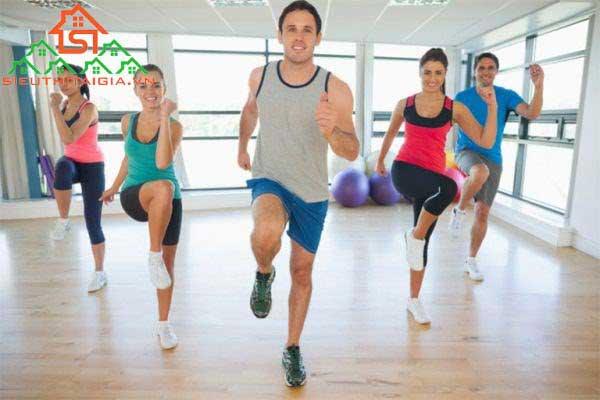 tap-yoga-hay-aerobic-tot-hon-1
