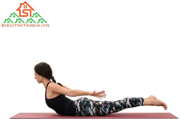tập yoga mông có to không
