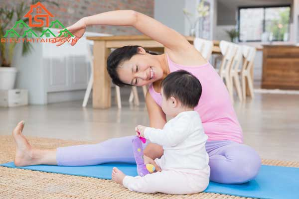 tập yoga sau sinh