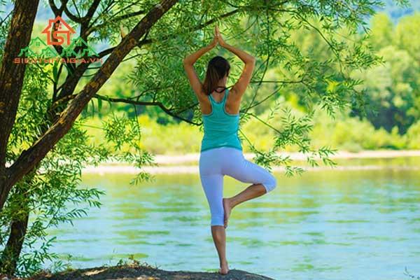 tập yoga không cần thảm