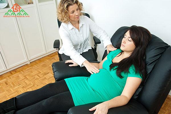 Ghế massage toàn thân loại nào tốt cho phụ nữ mang thai?