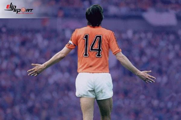 triết lý bóng đá của johan cruyff