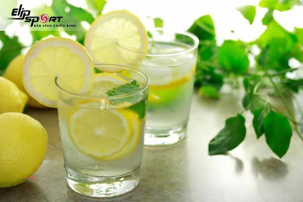 Detox rau củ giảm cân từ chanh và trà xanh