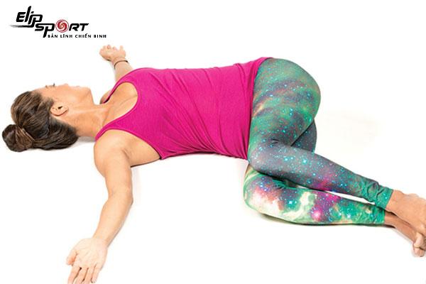 yoga trị đau cột sống