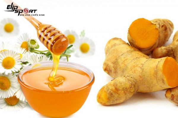 uống tinh bột nghệ và mật ong giảm cân
