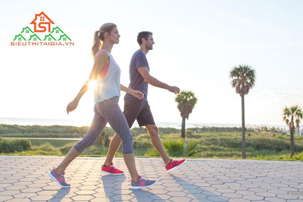 đi bộ và chạy bộ cái nào tốt hơn