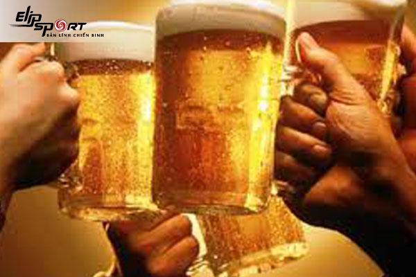 1 lon bia bao nhiêu calo