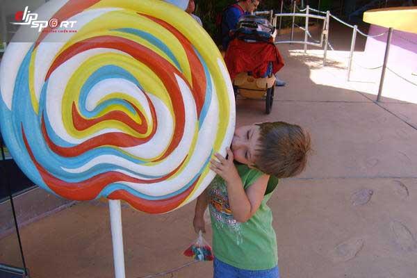 kẹo mút bao nhiêu calo