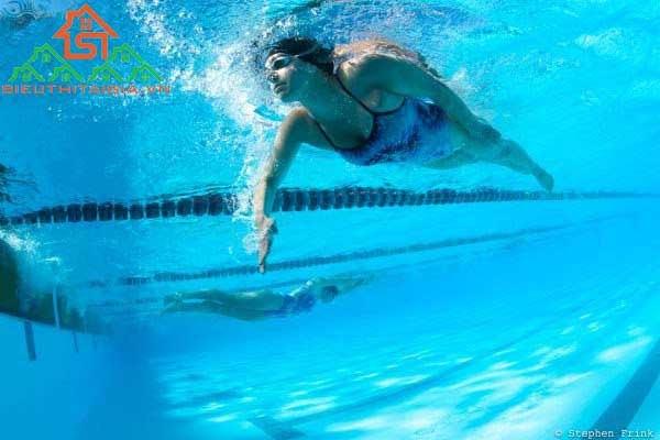 tập bơi ếch trên cạn