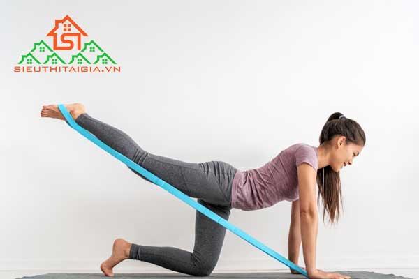 tập yoga với dây