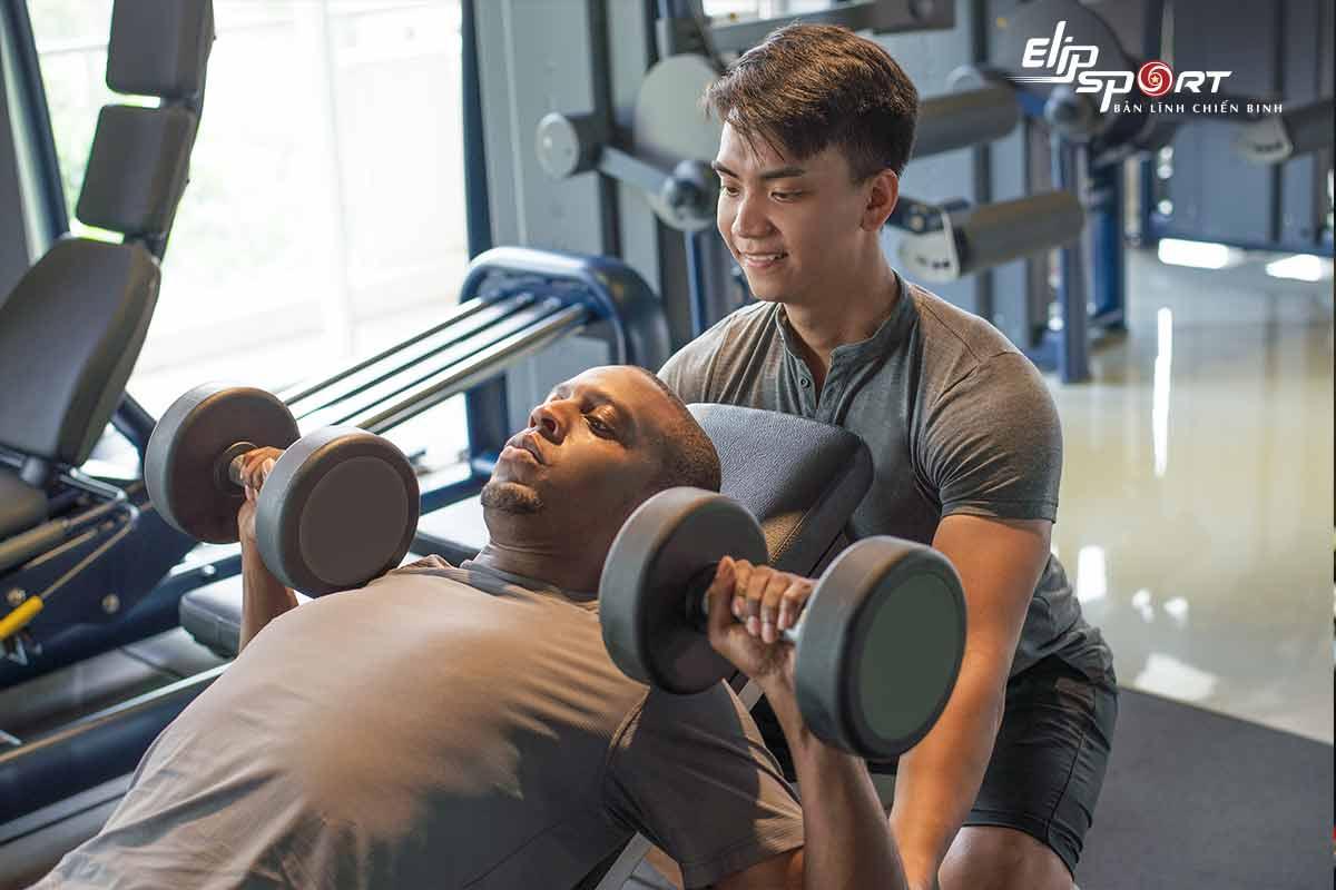 cách chia lịch tập gym cho nam