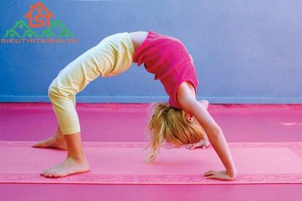 Bài tập yoga cho lưng thẳng đẹp