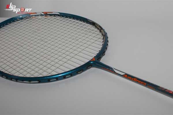 vợt cầu lông thi đấu