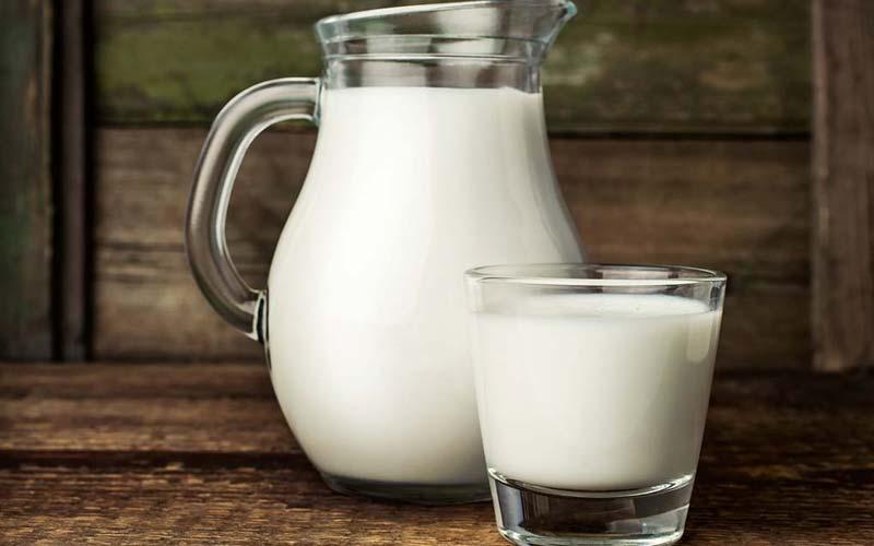uống sữa trước khi ngủ có tăng cân