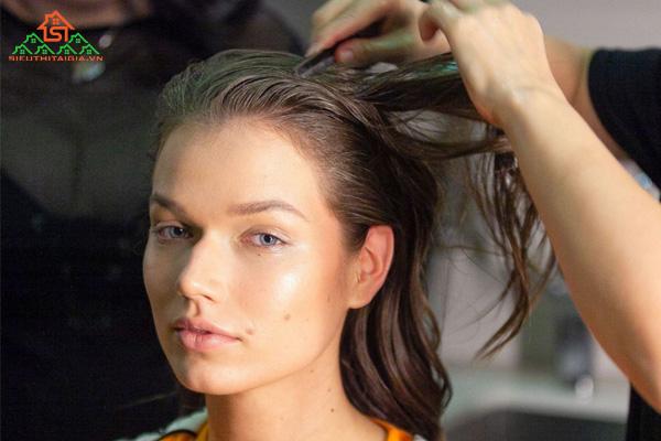 Tổng hợp những tác hại của uốn tóc
