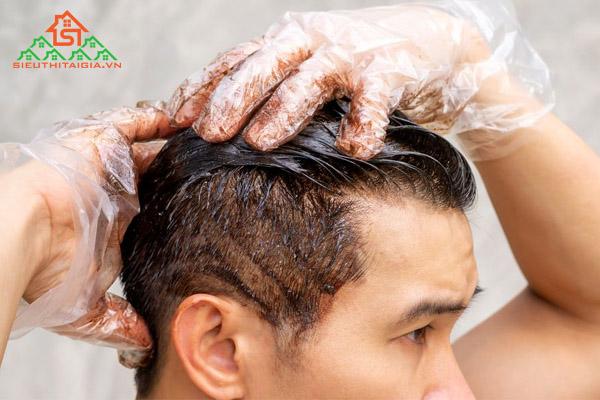 khoảng cách giữa 2 lần nhuộm tóc