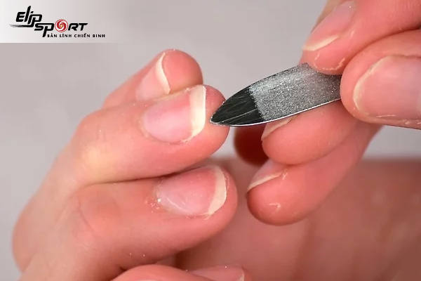 Cách vệ sinh móng tay