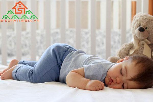 tư thế ngủ tăng chiều cao