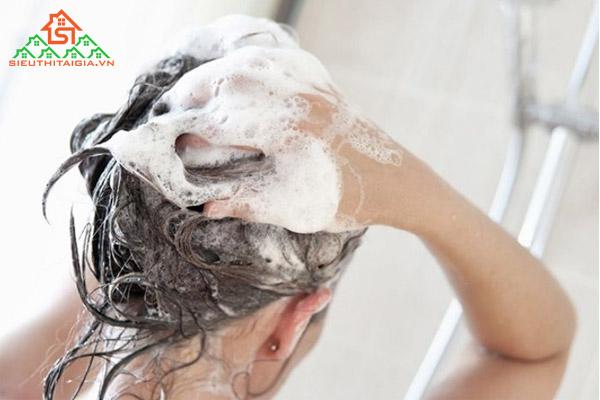 cách sấy tóc ngắn cụp tại nhà