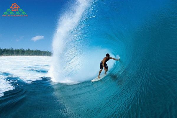 Những vùng biển nào có thể lướt sóng ở Việt Nam