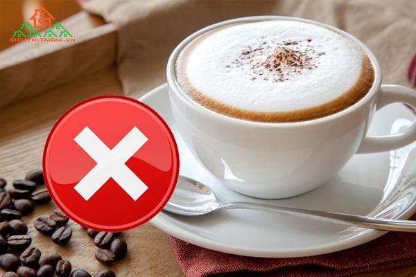 Uống cà phê để ngưng kinh nguyệt