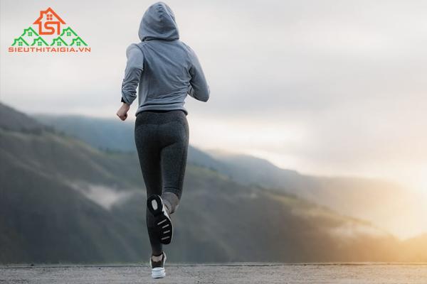 Tập gym có nên chạy bộ không? Lợi ích của nó là gì?