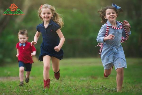 trẻ em có nên chạy bộ