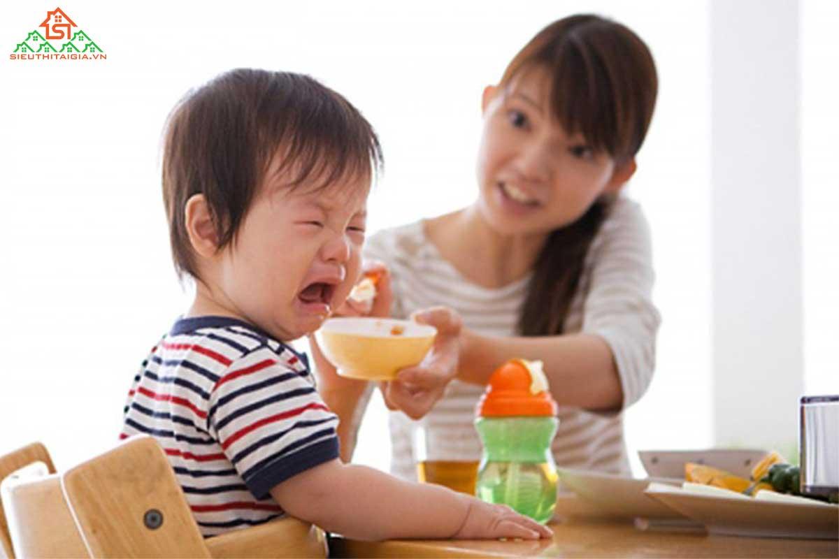 thực đơn cho bé 15 tháng tuổi suy dinh dưỡng