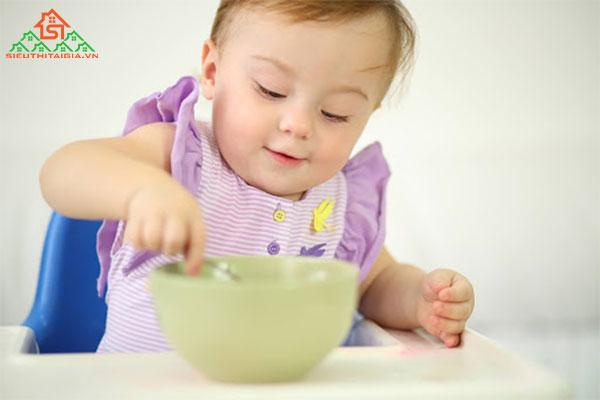 chế độ dinh dưỡng cho trẻ suy dinh dưỡng