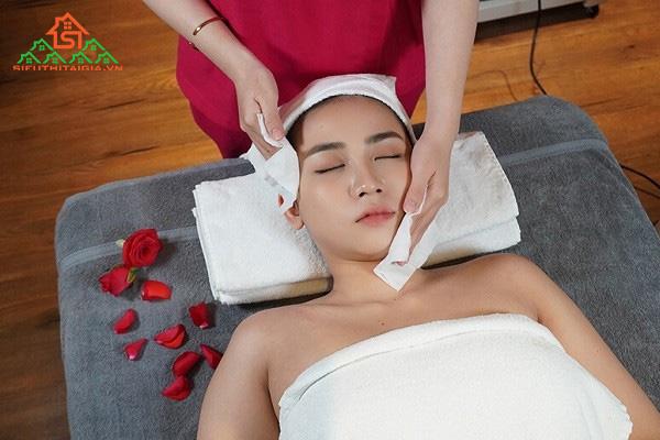 cách massage mặt chuyên nghiệp