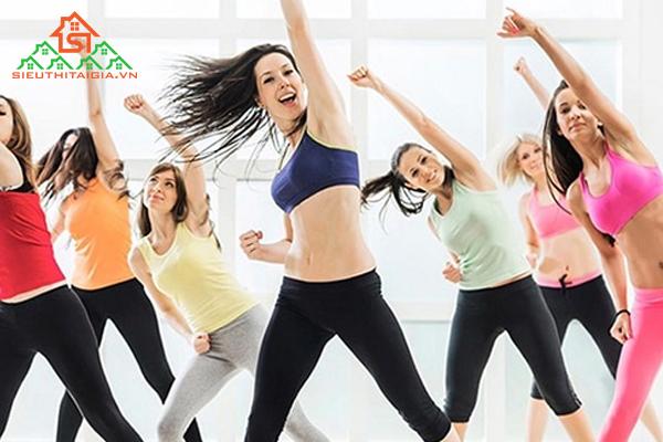 tập aerobic có to mông không