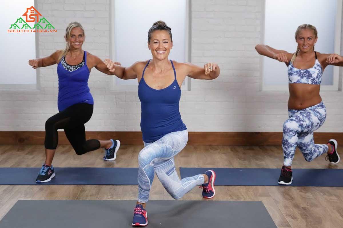 tập aerobic giảm mỡ bụng