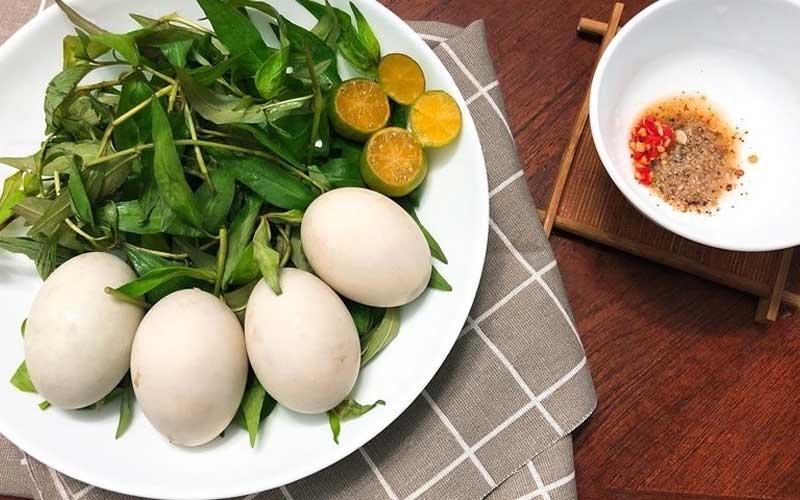 ăn trứng vịt lộn có tăng cân không