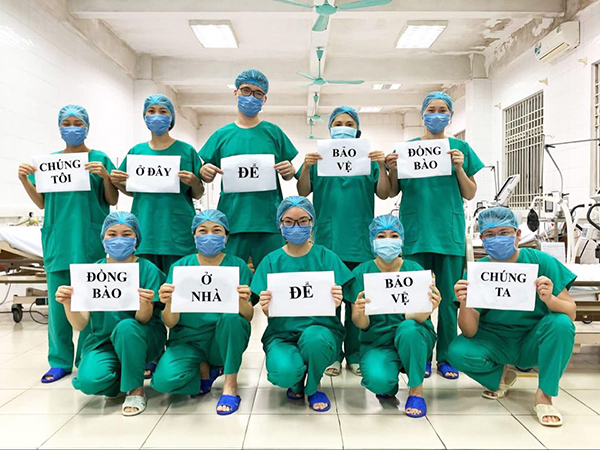 Công bằng mà nói, đội ngũ Y Bác sĩ Việt Nam đã làm rất tốt trong công tác phòng, chống dịch bệnh